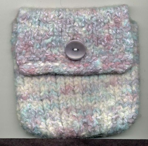 Felted_cell_phone_ipod_cozy1